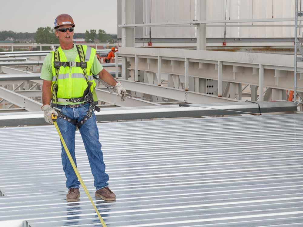contractor steel roof deck