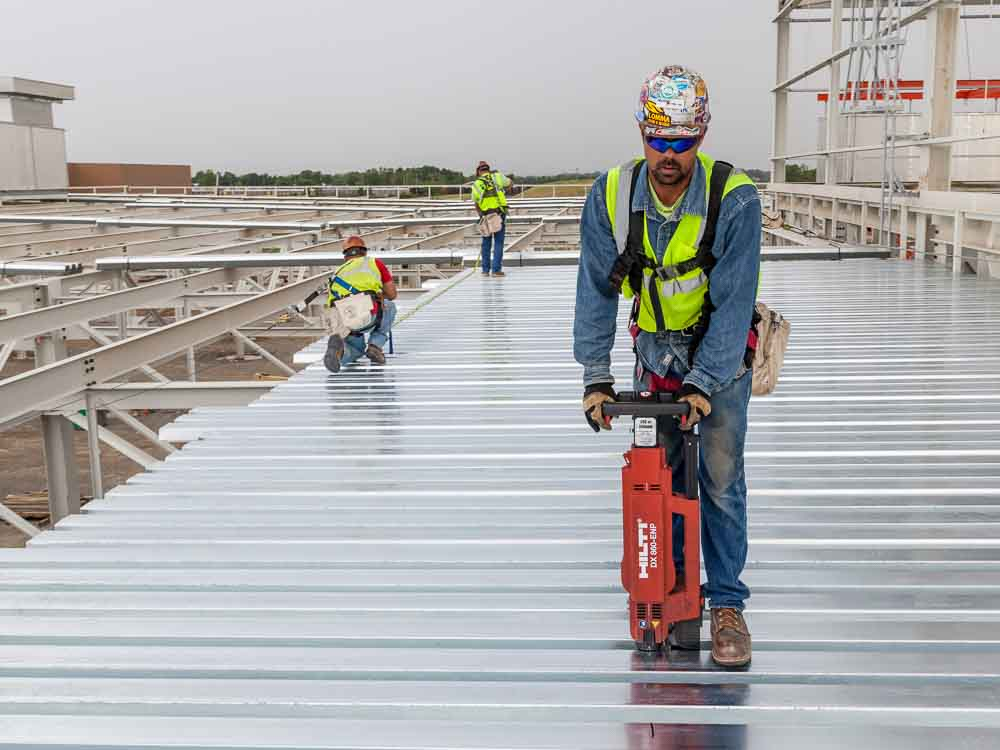 contractor of structural steel roof decking