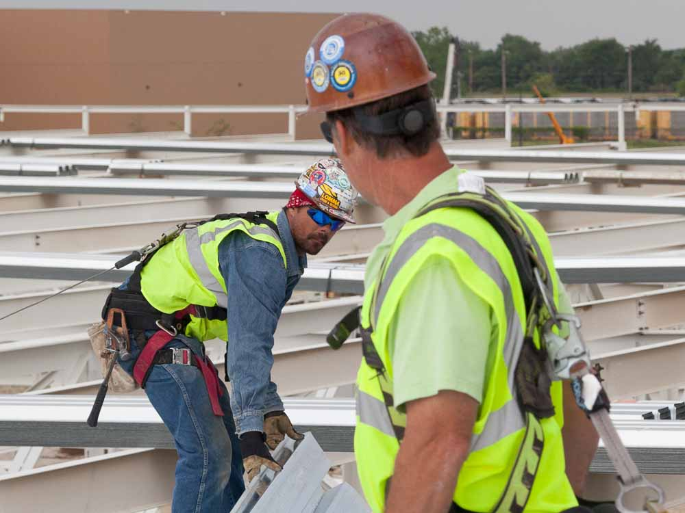 steel roof deck contractor